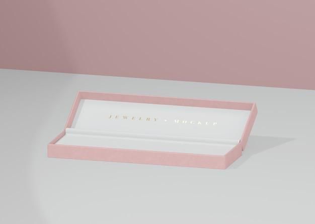 Caixa de jóias aberta e vazia com inscrição dourada Psd grátis