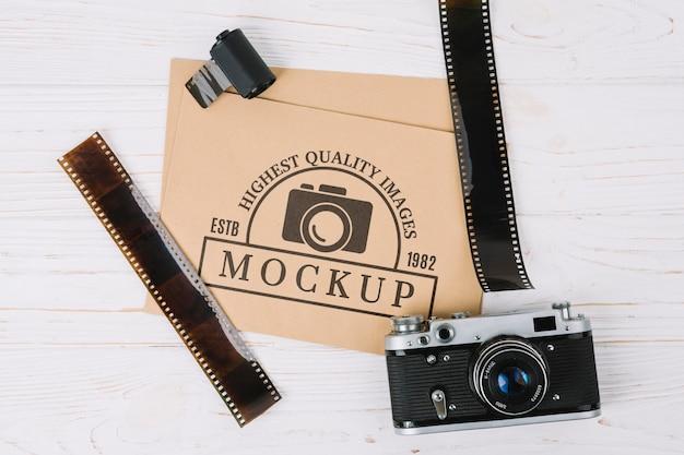 Câmera fotográfica de visão superior com filme Psd grátis