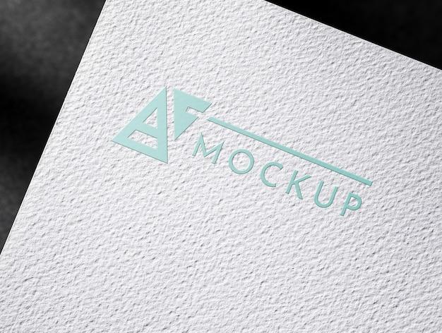 Cartão de visita de papel com superfície texturizada Psd Premium