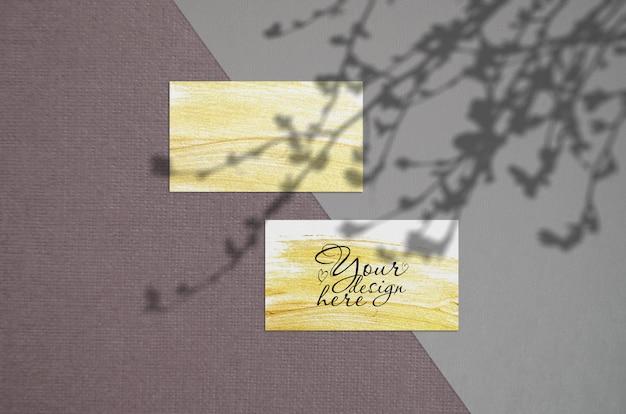 Cartão de visita mockup no escuro Psd Premium
