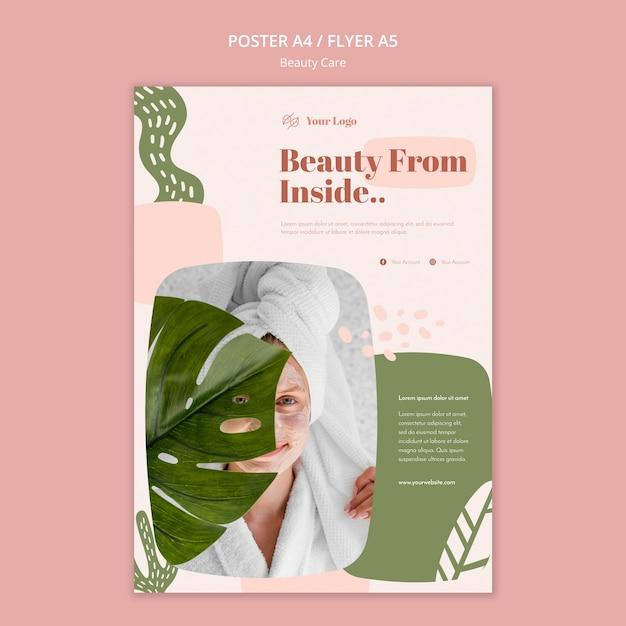 Cartaz de modelo de anúncio de cuidados com a beleza Psd grátis