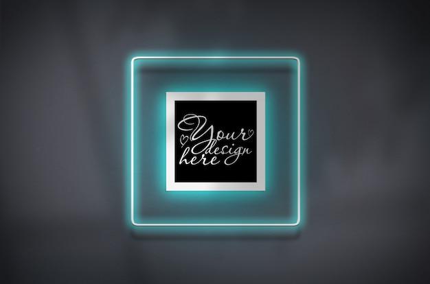 Cartaz quadrado de maquete em brilho de azul de quadro de néon Psd Premium