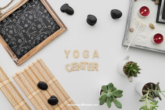 Composição da ioga com letras Psd grátis
