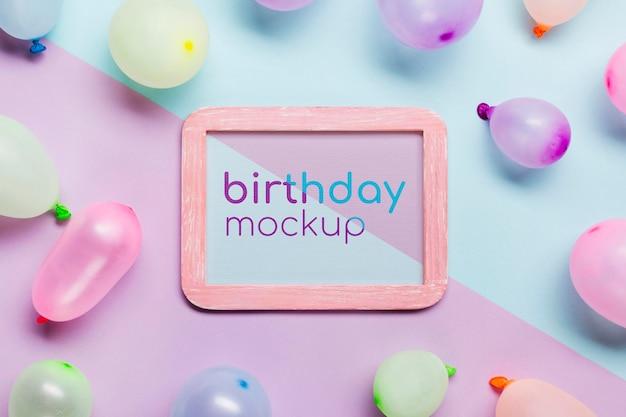 Conceito de aniversário com balões Psd grátis