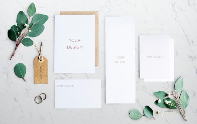 Conceito de casamento papelaria com folhas Psd Premium