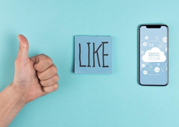 Conceito de mídia social com homem mostrando aprovação Psd grátis