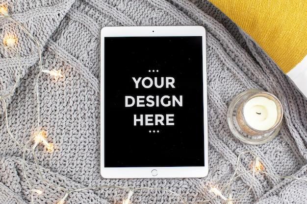 Conceito de moda vista superior com maquete de tela do tablet Psd Premium