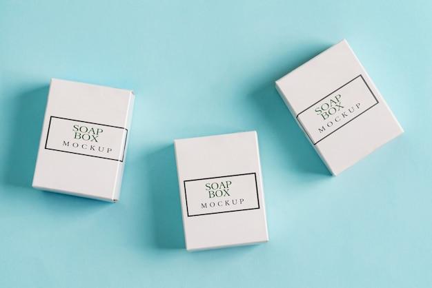 Conjunto de três caixas de papel mock up para embalagens de produtos e coisas Psd Premium