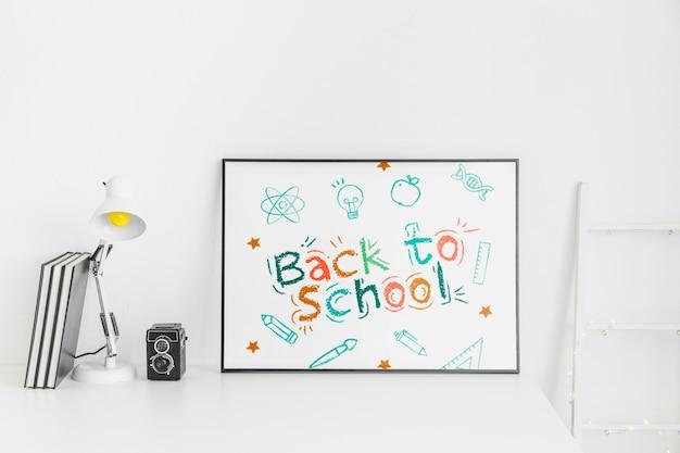 De volta ao projeto de maquete de publicidade da escola Psd grátis