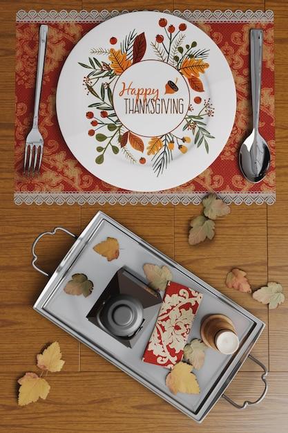 Dia de ação de graças arranjos de mesa Psd grátis