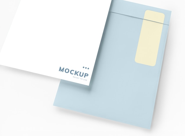Documento de negócios e maquete de envelope Psd grátis