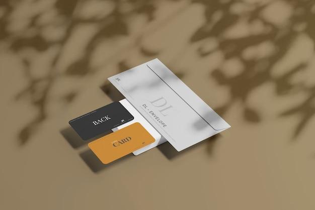 Envelope com modelo de cartão de visita Psd grátis