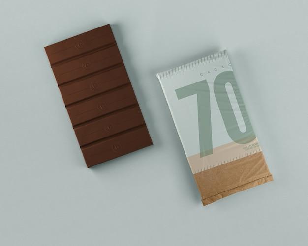 Envolvimento de papel tablet de chocolate puro Psd grátis
