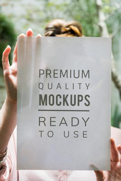 Espaço de design na placa de papel Psd grátis