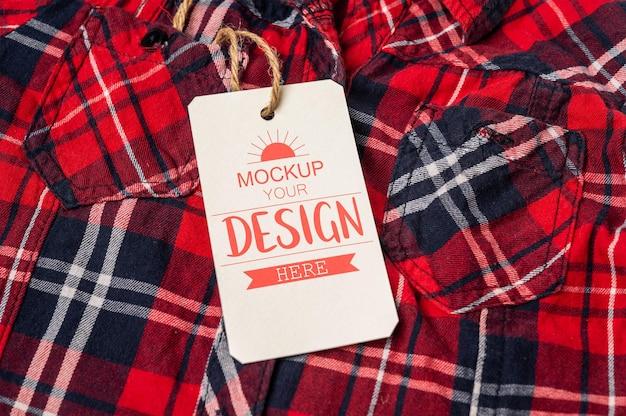 Etiqueta de preço na camisa psd mockup background Psd grátis