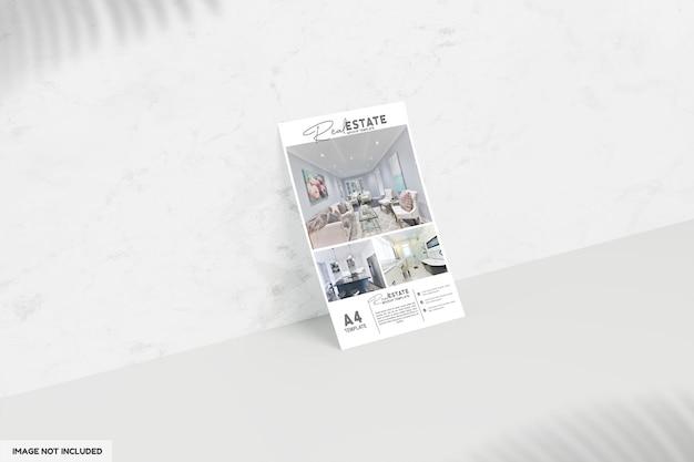 Feche no folheto ou brochura para maquete de imóveis Psd Premium
