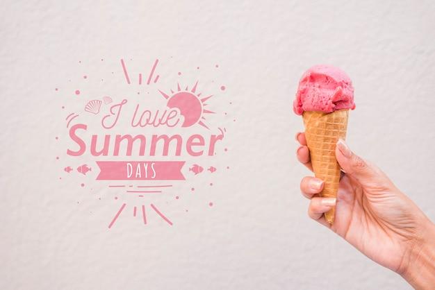 Fundo de letras de verão com sorvete Psd grátis