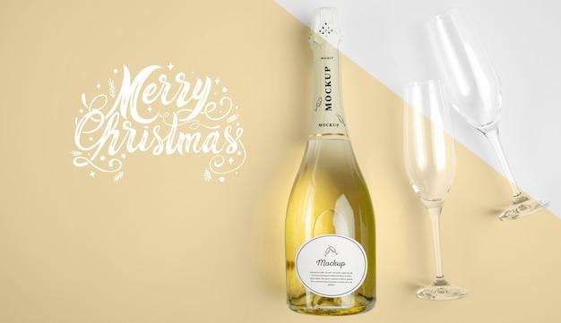 Garrafa de champanhe com maquete Psd grátis