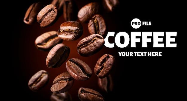 Grãos de café torrados caindo no fundo preto Psd Premium