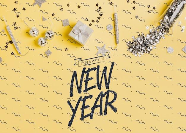 Letras de ano novo com decoração festiva Psd grátis