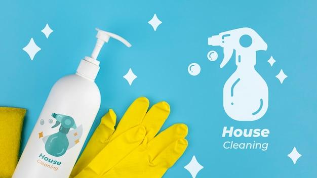 Loção de limpeza e luvas de proteção limpeza da casa Psd grátis