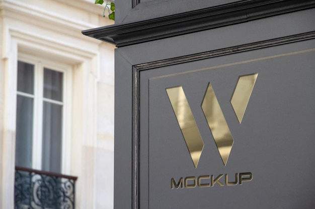 Logotipo da vitrine na maquete da esquina Psd Premium