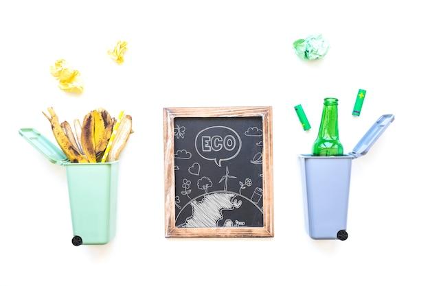 Maquete de ardósia com conceito de reciclagem Psd grátis