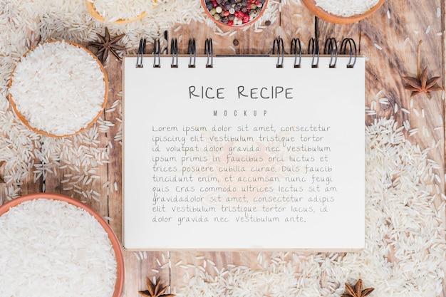 Maquete de bloco de notas de receita de arroz Psd grátis