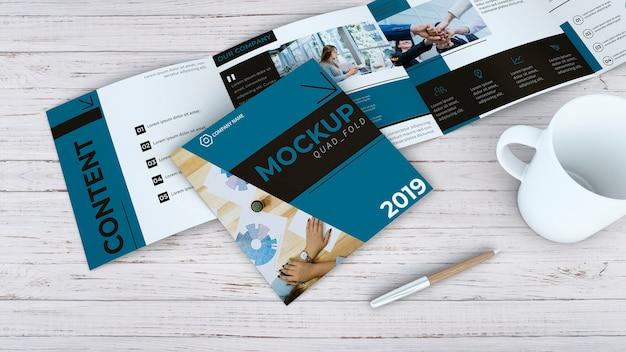 Maquete de brochura quadrada Psd grátis