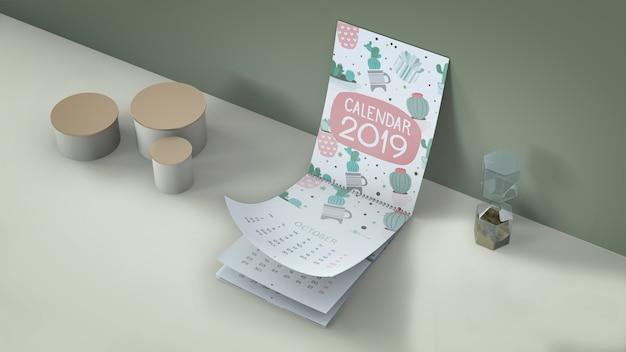 Maquete de calendário decorativo em perspectiva isométrica Psd grátis