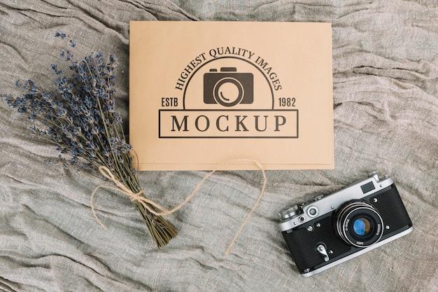 Maquete de câmera fotográfica plana Psd grátis