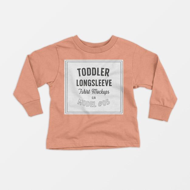 Maquete de camiseta de manga longa de criança Psd grátis
