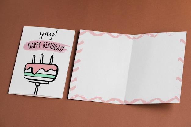 Maquete de cartão de aniversário vazio Psd grátis
