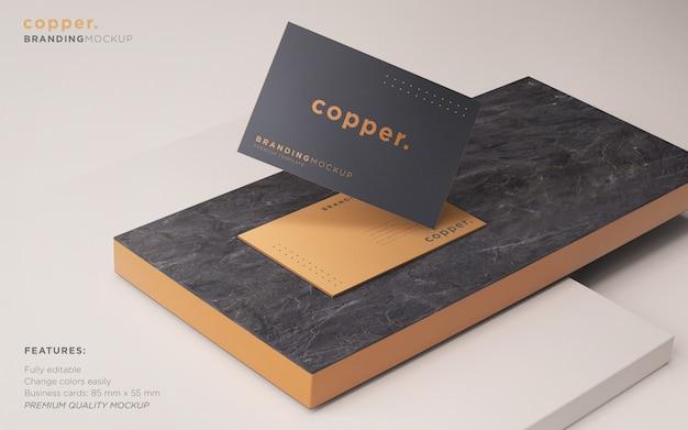 Maquete de cartão de visita escuro e cobre psd Psd grátis
