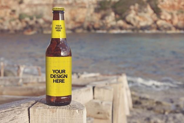 Maquete de cerveja de praia de formentera Psd Premium