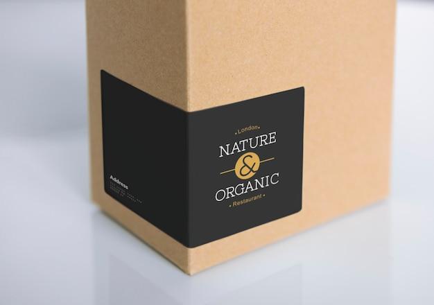 Maquete de embalagem de caixa de papel natural Psd grátis