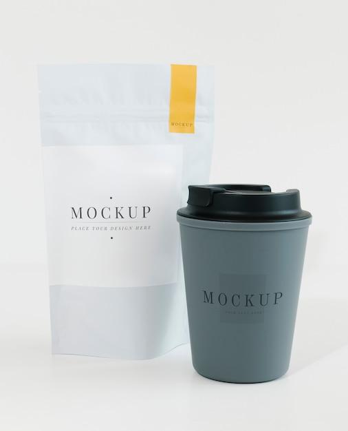 Maquete de embalagem para uma loja de café Psd grátis