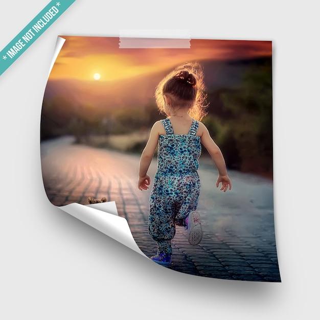 Maquete de fotos enroladas Psd Premium