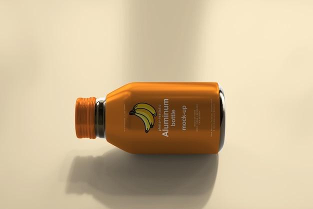 Maquete de garrafa de bebida de alumínio Psd grátis