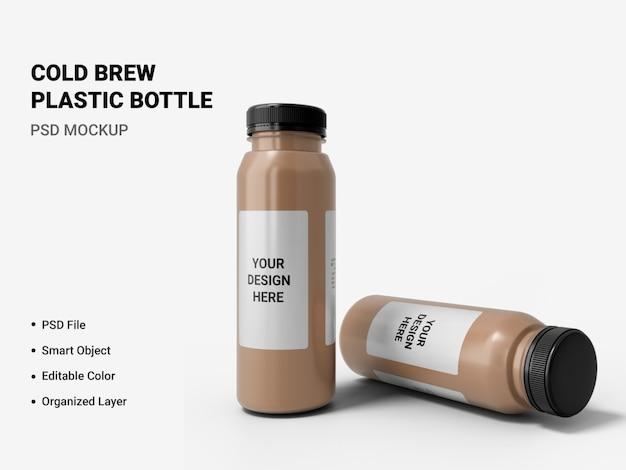 Maquete de garrafa de plástico cold brew isolada Psd Premium