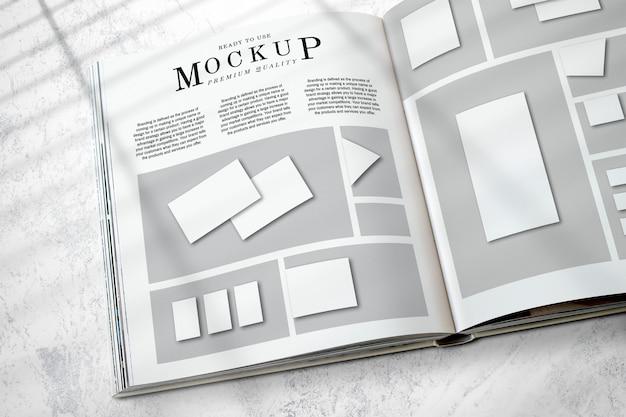 Maquete de layout de revista no chão Psd grátis