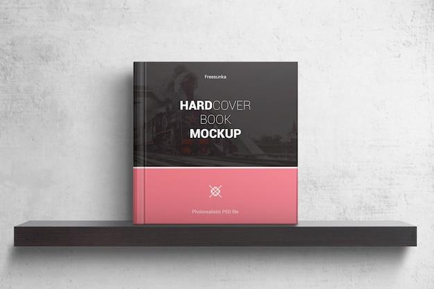 Maquete de livro quadrado de capa dura Psd Premium