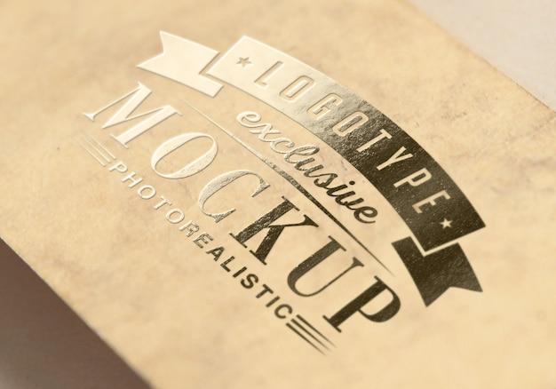 Maquete de logotipo fotorrealista em estilo vintage Psd Premium