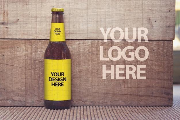 Maquete de madeira de cerveja Psd Premium