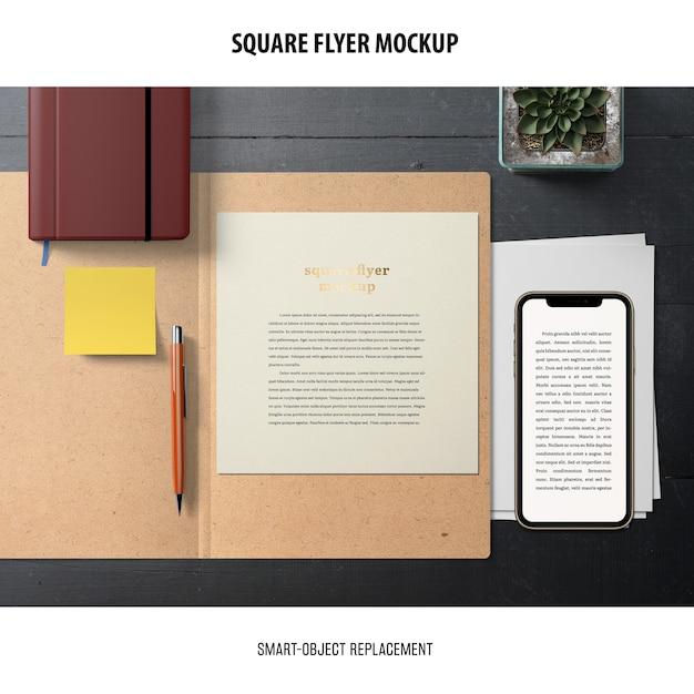 Maquete de panfleto quadrado Psd grátis