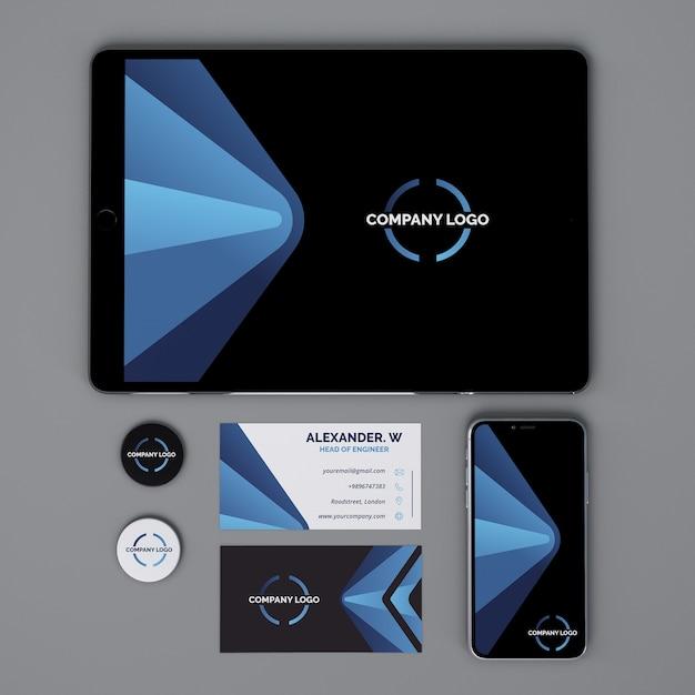Maquete de papelaria com tablet Psd grátis