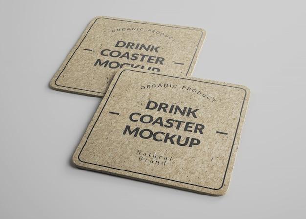 Maquete de porta-copos quadrados de cortiça para bebidas com arestas redondas em vista isométrica Psd Premium