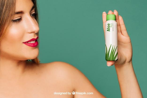Maquete de produtos cosméticos Psd grátis