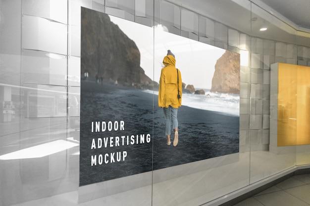 Maquete de publicidade interna dentro de centro comercial de shopping Psd Premium