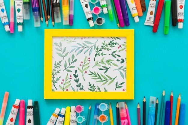 Maquete de quadro com materiais de pintura Psd grátis